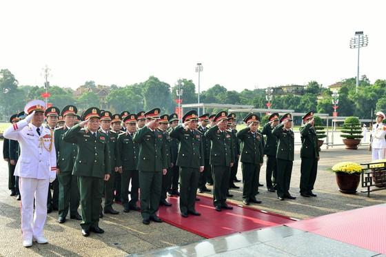 Lãnh đạo Đảng, Nhà nước vào Lăng viếng Chủ tịch Hồ Chí Minh nhân kỷ niệm 75 năm Quốc khánh 2-9 ảnh 3