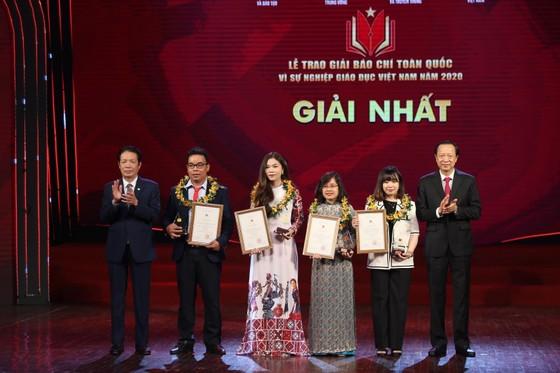 Trao Giải báo chí toàn quốc 'Vì sự nghiệp Giáo dục Việt Nam' 2020 ảnh 1