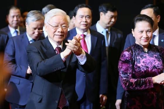 Tổng Bí thư, Chủ tịch nước Nguyễn Phú Trọng: Chấp nhận những điểm khác nhau không trái với lợi ích chung của dân tộc ảnh 3