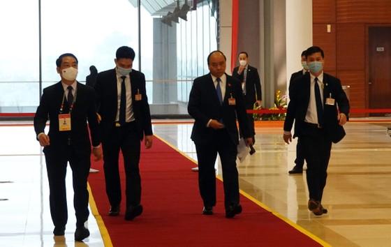 Thủ tướng họp khẩn về Covid-19 tại nơi tổ chức Đại hội Đảng ảnh 1