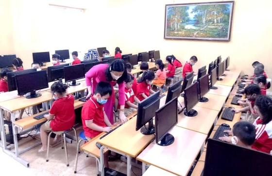 Hà Nội cho học sinh nghỉ tết sớm 1 tuần, bắt đầu từ ngày 1-2 để phòng chống Covid-19 ảnh 1