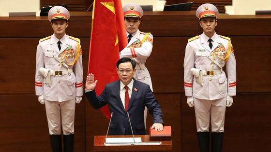 Tân Chủ tịch Quốc hội Vương Đình Huệ tuyên thệ nhậm chức ảnh 1