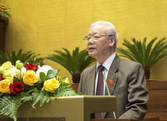 Trình miễn nhiệm Thủ tướng Nguyễn Xuân Phúc để giới thiệu bầu Chủ tịch nước ảnh 1