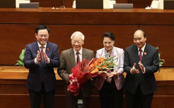 Đồng chí Nguyễn Xuân Phúc được đề cử làm Chủ tịch nước ảnh 2