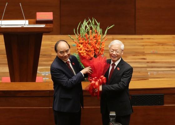 Tân Chủ tịch nước Nguyễn Xuân Phúc tuyên thệ ảnh 4