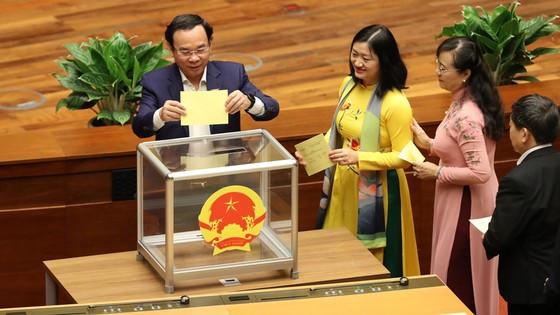 Tân Chủ tịch nước Nguyễn Xuân Phúc tuyên thệ ảnh 2