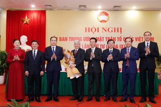 Ra mắt tân Chủ  tịch Ủy ban Trung ương MTTQ Việt Nam ảnh 2