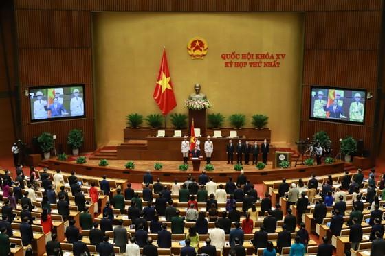   Thủ tướng Phạm Minh Chính: Sẽ bảo vệ cán bộ dám nghĩ, dám làm vì lợi ích chung ảnh 1