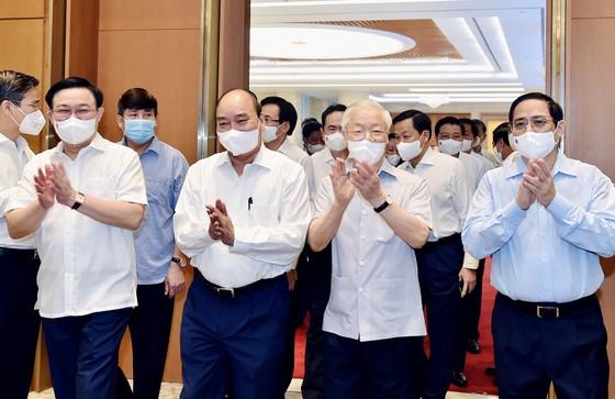 Tổng Bí thư Nguyễn Phú Trọng dự phiên họp đầu tiên của Chính phủ khóa XV   ảnh 1