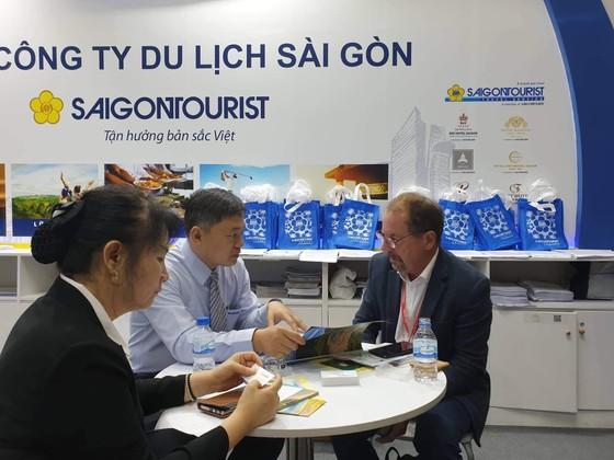 Khách tấp nập đặt mua tour du lịch vào ngày cuối ITE HCMC 2019 ảnh 2