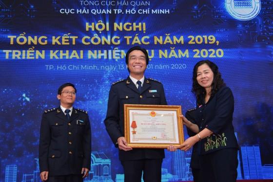 Cục Hải quan TPHCM tôn vinh 200 doanh nghiệp nộp thuế tiêu biểu năm 2019 ảnh 3