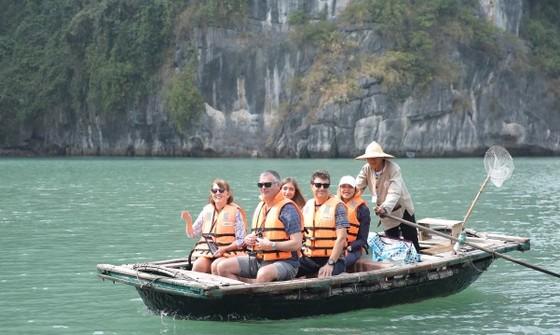 Quảng bá mạnh việc kiểm soát tốt Covid-19 để hút khách đến Việt Nam ảnh 1