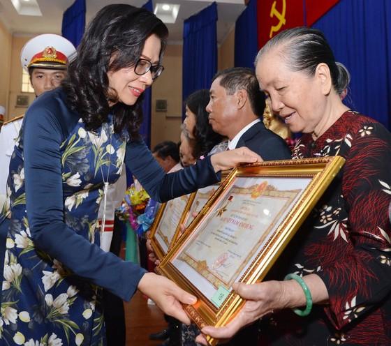 """Tặng và truy tặng danh hiệu """"Bà Mẹ Việt Nam Anh hùng"""" 30 cho mẹ ảnh 1"""