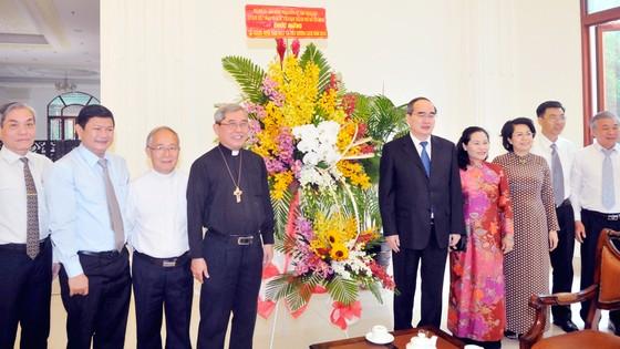 Bí thư Thành ủy TPHCM Nguyễn Thiện Nhân thăm, chúc mừng Giáng sinh ảnh 1