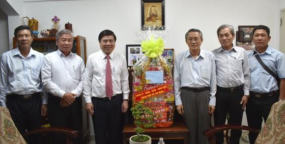 Chủ tịch UBND TPHCM chúc tết các chức sắc tôn giáo, nhân sĩ trí thức ảnh 3