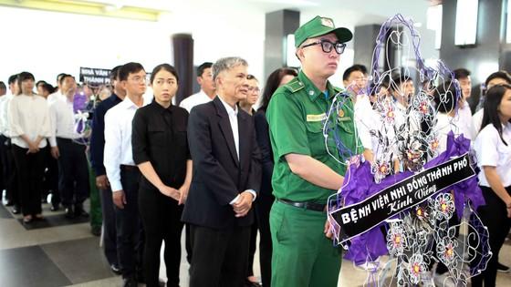 Ngày thứ hai cử hành lễ viếng nguyên Thủ tướng Phan Văn Khải ảnh 12