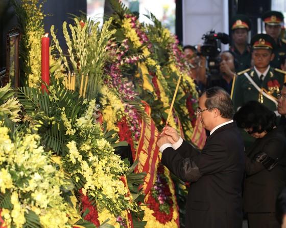 Lễ an táng nguyên Chủ tịch nước Lê Đức Anh  ảnh 5