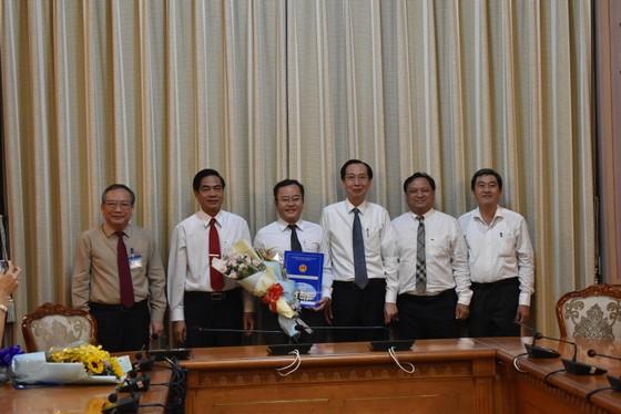 Ông Trần Thúc Chương làm Phó Chủ tịch UBND quận 11 ảnh 1