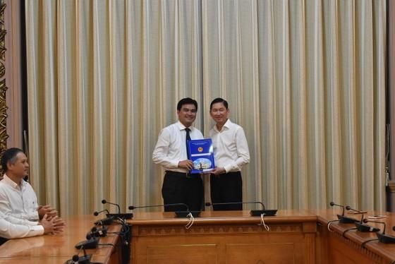 Ông Hoàng Tâm Hòa làm Tổng Giám đốc Tổng Công ty Bến Thành ảnh 1
