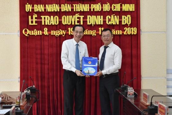 Ông Phạm Quang Tú làm Phó Chủ tịch UBND quận 8 ảnh 1