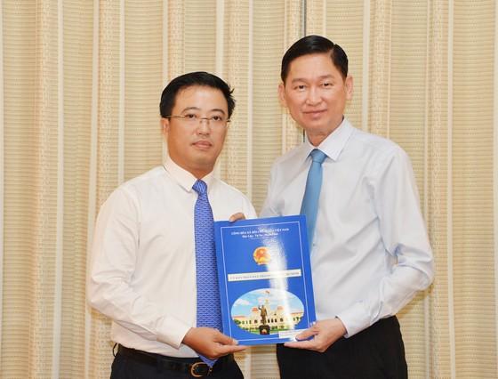 Ông Lê Huỳnh Minh Tú làm Phó Giám đốc Sở Công thương TPHCM ảnh 1