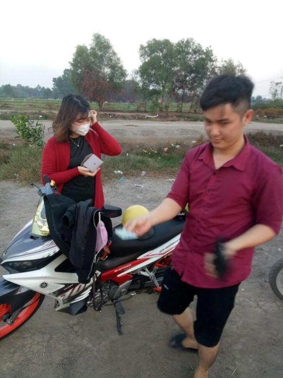 Huyện Củ Chi, TPHCM xử phạt 876 người không đeo khẩu trang nơi công cộng ảnh 2