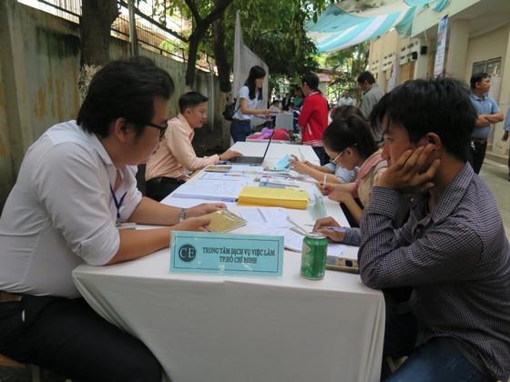 BHXH Việt Nam cảnh báo tình trạng người lao động chưa hưu đã… hết tiền ảnh 4
