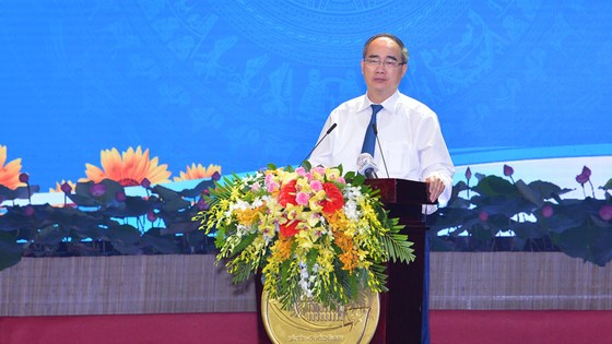 Bí thư Thành ủy TPHCM Nguyễn Thiện Nhân yêu cầu rà soát các nơi thi đua theo kiểu đối phó ảnh 1