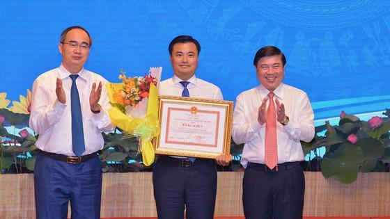 Bí thư Thành ủy TPHCM Nguyễn Thiện Nhân yêu cầu rà soát các nơi thi đua theo kiểu đối phó ảnh 3