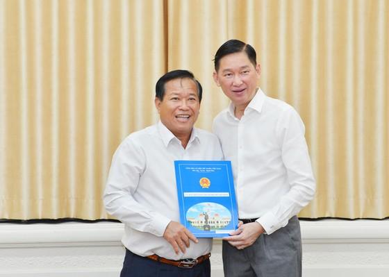 Ông Trần Thanh Tùng giữ chức vụ Chủ tịch UBND quận 8 ảnh 3