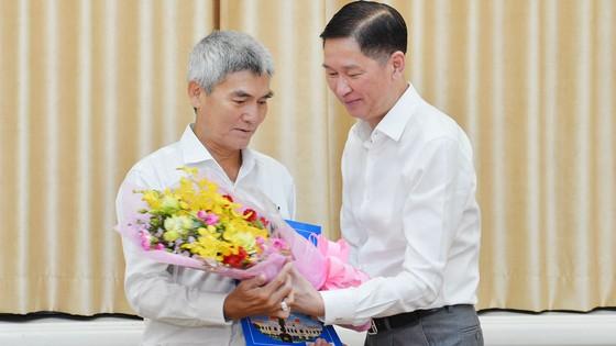 Ông Trần Thanh Tùng giữ chức vụ Chủ tịch UBND quận 8 ảnh 2