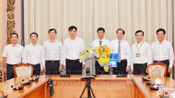 Ông Nguyễn Bá Thành làm Phó Chủ tịch UBND quận Tân Bình ảnh 1
