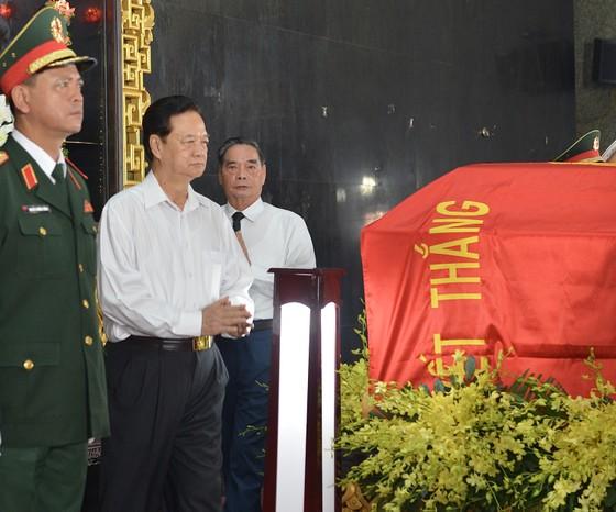 Bắt đầu lễ viếng đồng chí Trần Quốc Hương ảnh 7