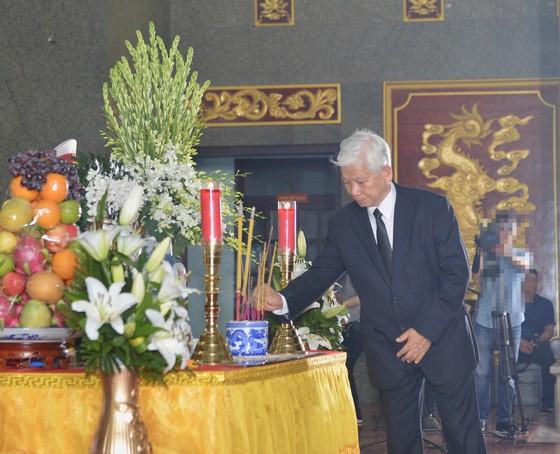 Bắt đầu lễ viếng đồng chí Trần Quốc Hương ảnh 5
