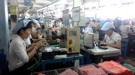 Công ty PouYuen Việt Nam cho 2.786 công nhân nghỉ việc ảnh 1