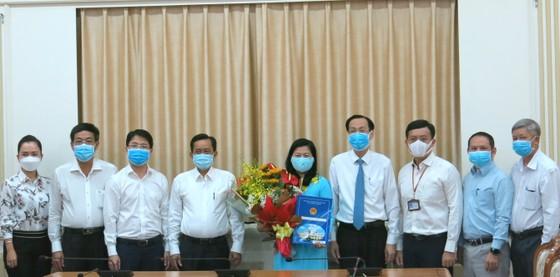 Bà Nguyễn Thị Hồng Thắm làm Phó Giám đốc Sở Nội vụ TPHCM ảnh 2