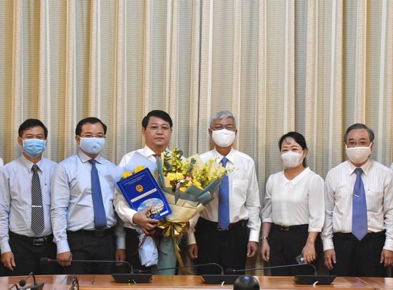 Phó Chủ tịch UBND TPHCM Võ Văn Hoan trao quyết định cán bộ  ảnh 3