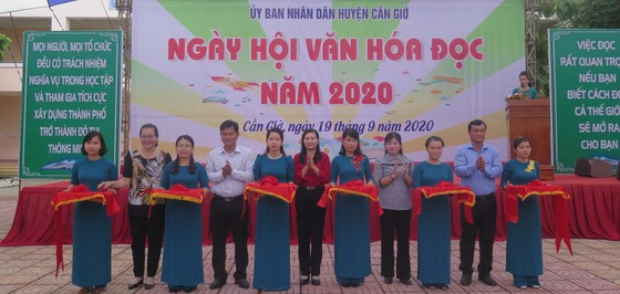 Huyện Cần Giờ khai mạc Ngày hội Văn hóa đọc năm 2020 ảnh 1