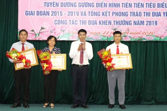 Huyện Cần Giờ thi đua, nâng cao đời sống người dân ảnh 1