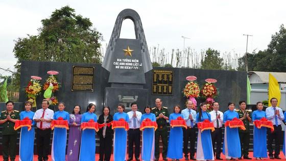Khánh thành Bia tưởng niệm các anh hùng liệt sĩ nữ du kích Củ Chi ảnh 1