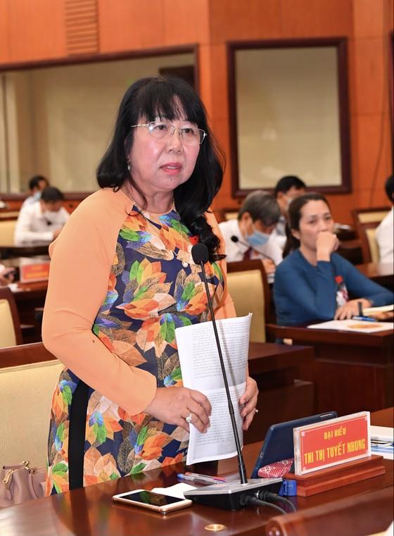 Chủ tịch UBND TPHCM Nguyễn Thành Phong đăng đàn trả lời chất vấn ảnh 5