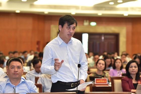 Giới thiệu bà Phan Thị Thắng và ông Lê Hòa Bình để bầu làm Phó Chủ tịch UBND TPHCM ảnh 2