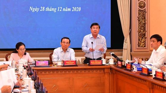 Chủ tịch UBND TPHCM Nguyễn Thành Phong: Sức mạnh nội tại của kinh tế TPHCM đang ngày càng tăng ảnh 4