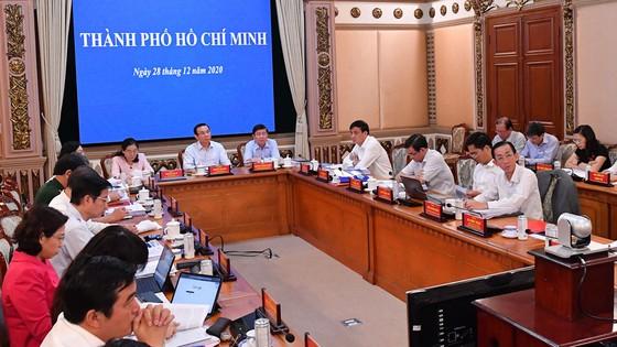 Chủ tịch UBND TPHCM Nguyễn Thành Phong: Sức mạnh nội tại của kinh tế TPHCM đang ngày càng tăng ảnh 1