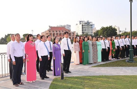 TPHCM khánh thành Cột cờ Thủ Ngữ ảnh 1