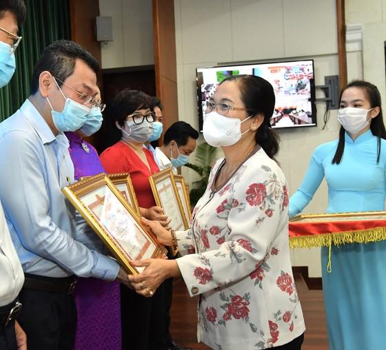 Chủ tịch UBND TPHCM Nguyễn Thành Phong 'điểm mặt' sở ngành 'ngâm' hồ sơ của doanh nghiệp ảnh 5