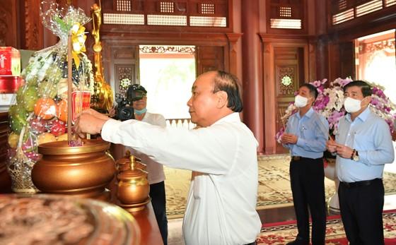 Chủ tịch nước Nguyễn Xuân Phúc quan tâm thúc đẩy hai huyện Hóc Môn và Củ Chi phát triển ảnh 8