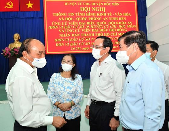 Chủ tịch nước Nguyễn Xuân Phúc quan tâm thúc đẩy hai huyện Hóc Môn và Củ Chi phát triển ảnh 1