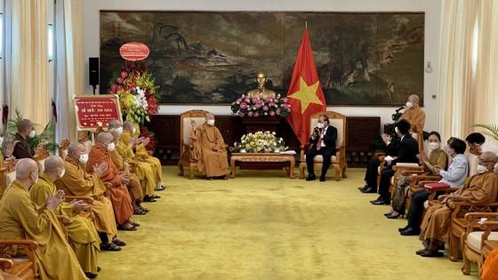 Chủ tịch nước Nguyễn Xuân Phúc tiếp Đoàn đại biểu Giáo hội Phật giáo Việt Nam ảnh 1