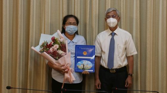 Ông Lê Hồng Sơn đến nhận công tác tại Thành ủy TPHCM ảnh 3